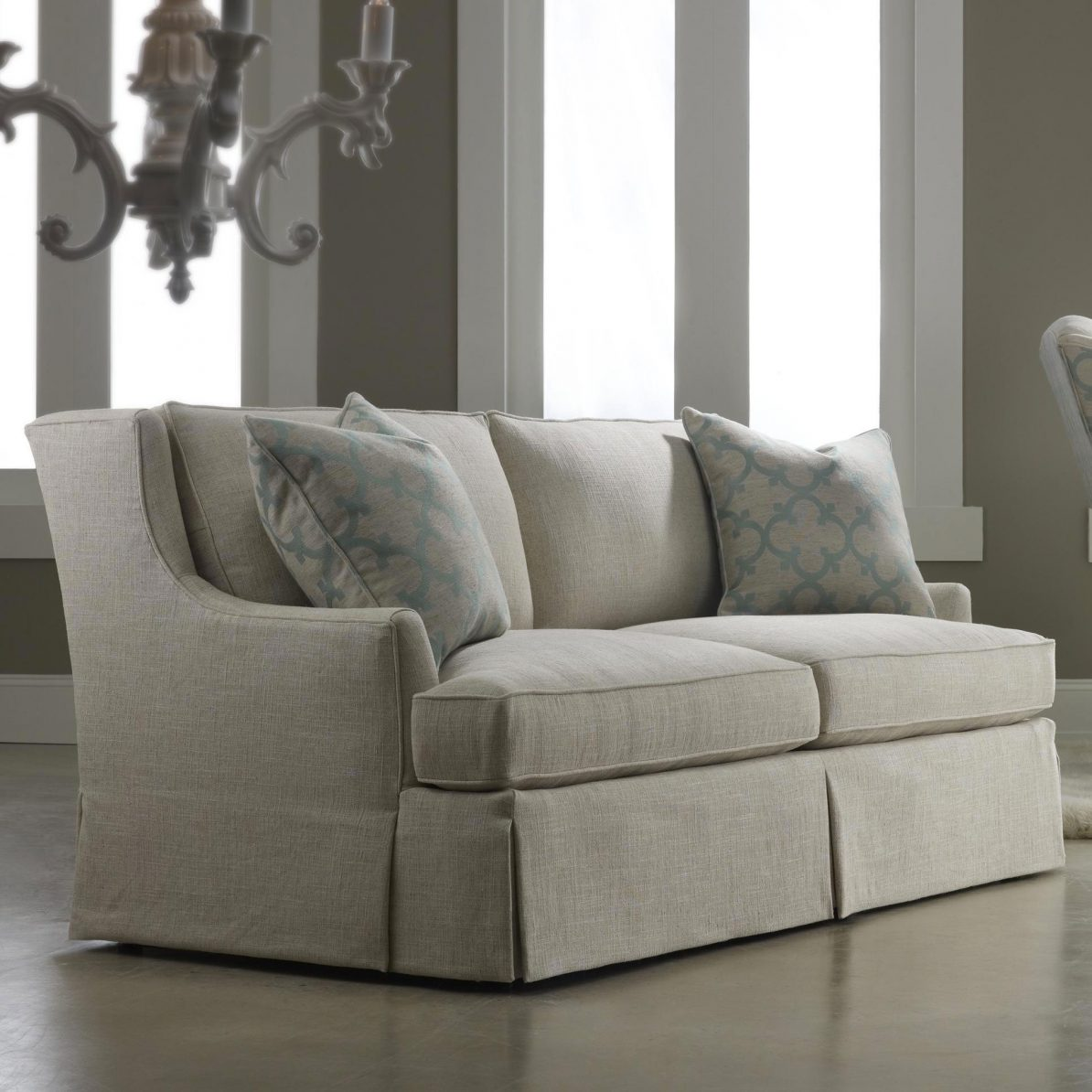 Charmant Frequently Asked Questions: Sofa Skirts